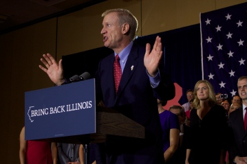 Nov. 2014 | Illinois Gov. elect Bruce Rauner gives acceptance speech at election night party in downtown Chicago. | Photo/Emily Gray Brosious