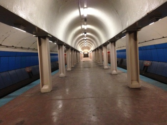 Feb. 2014 | Empty CTA Red Line El Train subway platform. (Photo/ Emily Brosious)