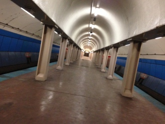 Dec. 2014   Rarely empty CTA Red Line El subway stop in downtown Chicago.   Photo/Emily Gray Brosious