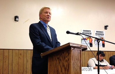Ald. Bob Fioretti (2nd) apologizes for supporting Mayor Emanuel's last budget. (Photo/Emily Brosious)